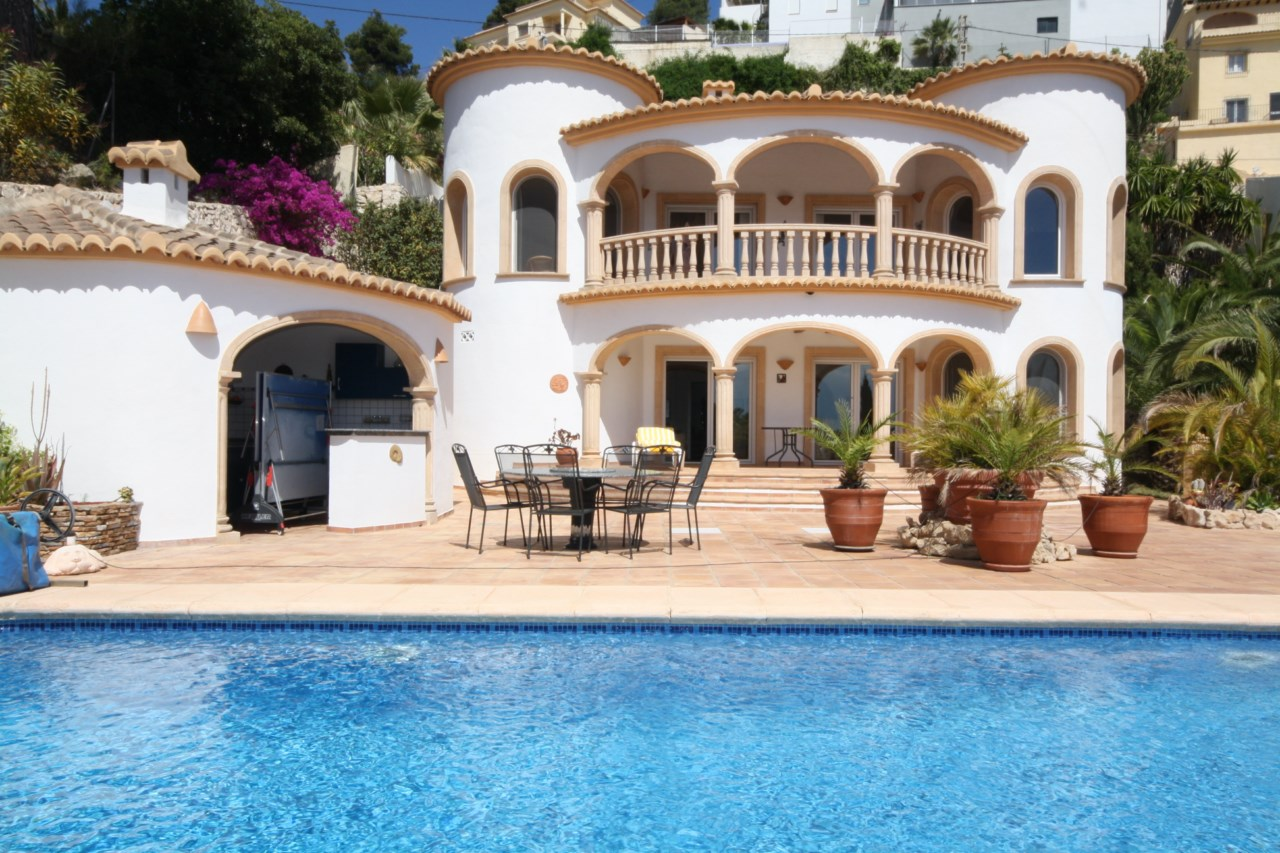 Villa for sale in Moraira – VO2707