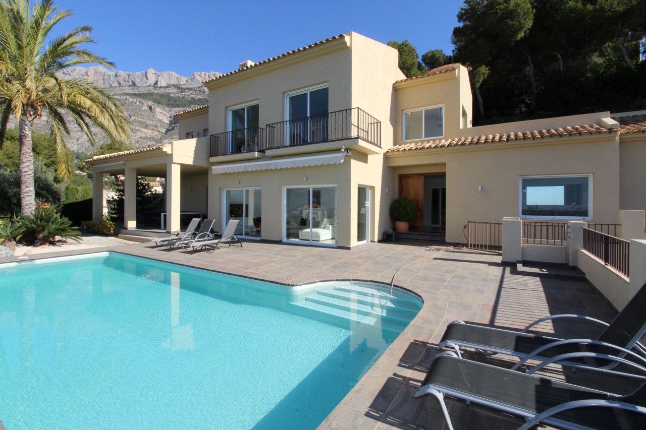 Villa for sale in Altea – VO3118